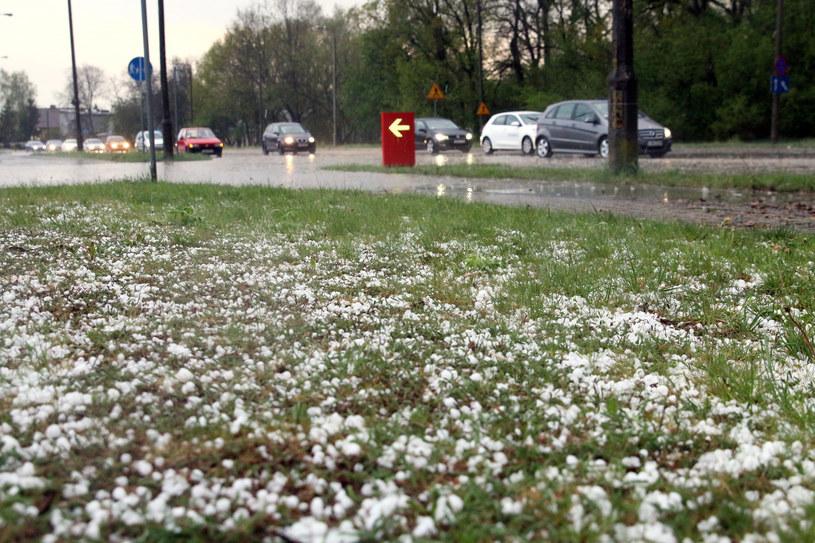 W czasie burz prognozowane są opady gradu /Łukasz Kaczanowski/Polska Press /East News