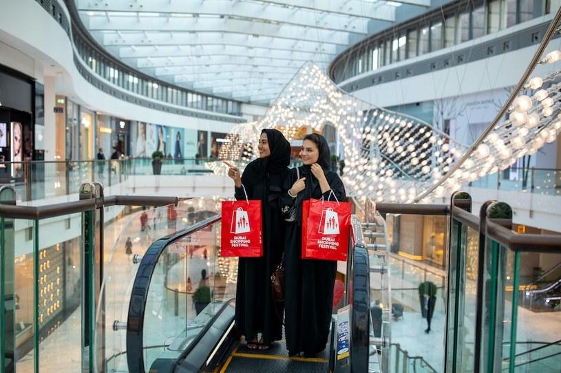 W czasie Dubajskiego Festiwalu Zakupów można upolować promocje sięgające 90 proc. /materiały prasowe