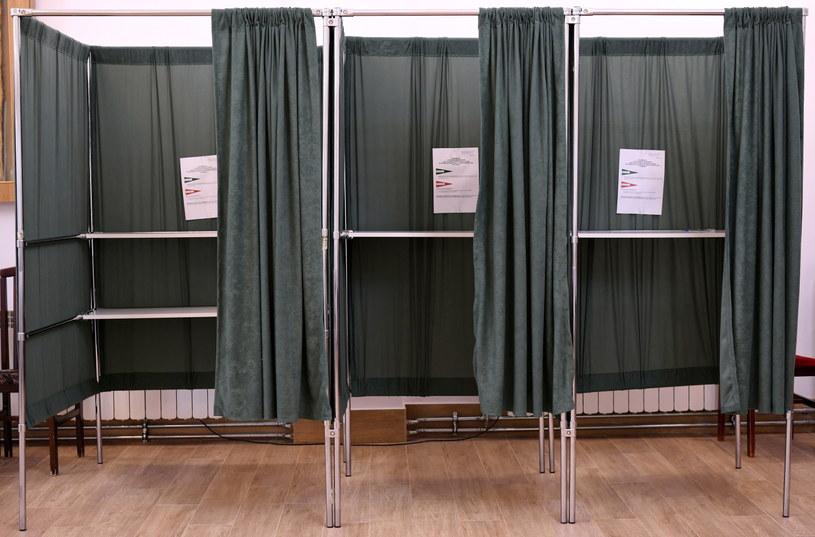 W czasie głosowania obowiązuje zasada tajności. /Darek Delmanowicz /PAP