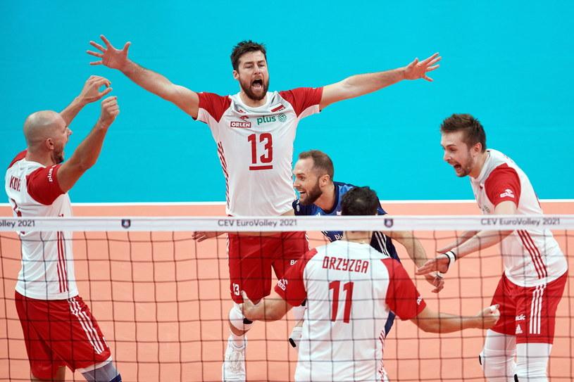 W czasie meczu z Rosją polscy siatkarze mieli wiele okazji do radości / PAP/Adam Warżawa /PAP