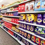 W czasie pandemii sklepy najczęściej promowały słodycze i słone przekąski