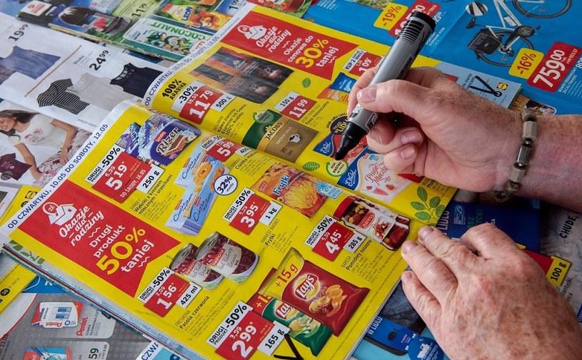 W czasie pandemii sklepy wydały więcej gazetek z promocjami /MondayNews