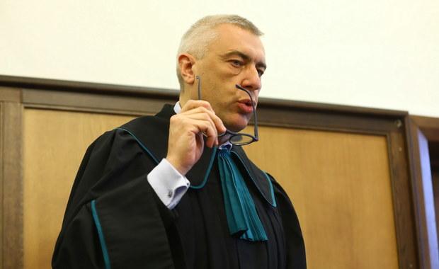 """W czasie przesłuchania z Giertychem nie było """"żadnego kontaktu"""". Prokurator przyznała to w protokole"""