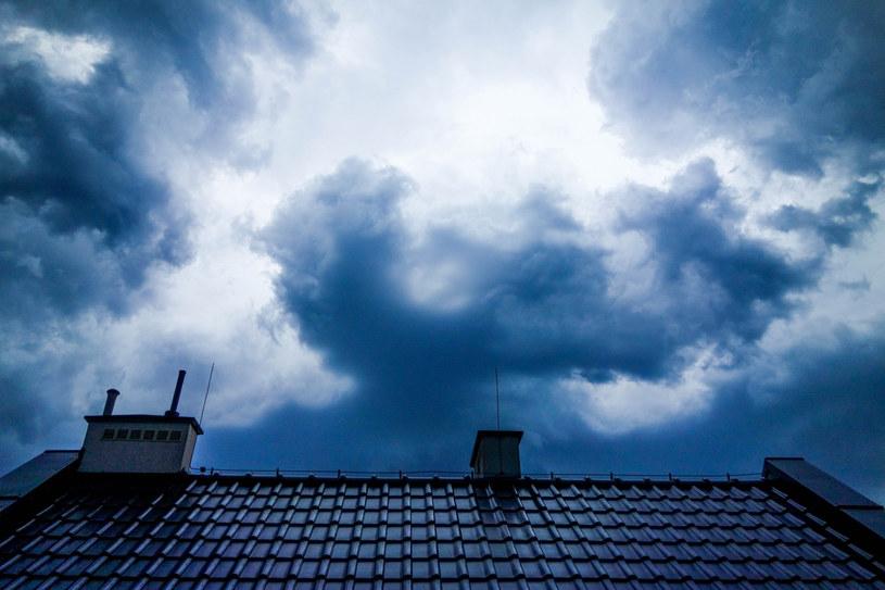 W części kraju spodziewane są burze /Piotr Kamionka /Reporter