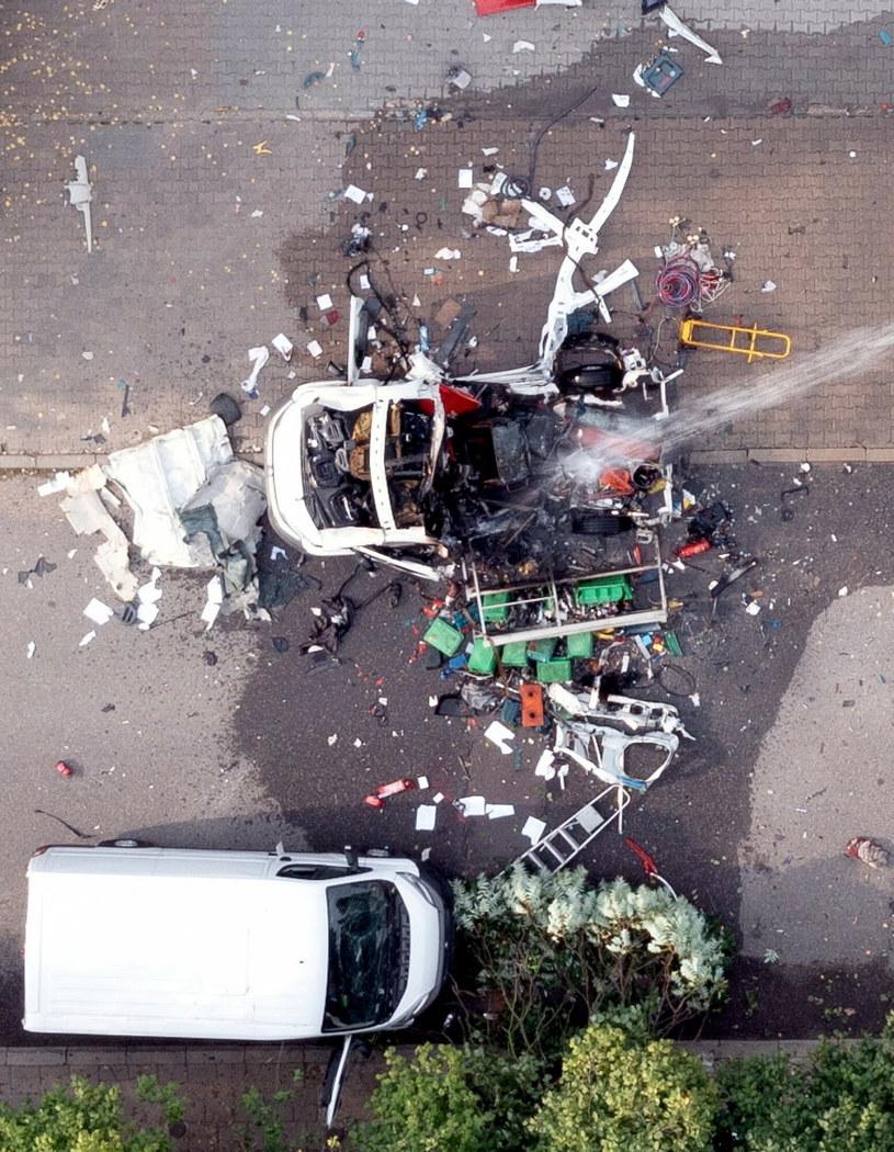W Częstochowie na ul. Wrocławskiej doszło do wybuchu butli z gazem w samochodzie dostawczym. /Karol Porwich /East News