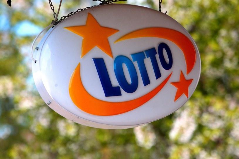 W czwartek kumulacja w Lotto /Stanisław Kowalczuk /East News