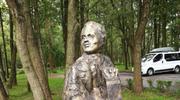 W Dąbkach odsłonięto pomnik Przemysława Gosiewskiego
