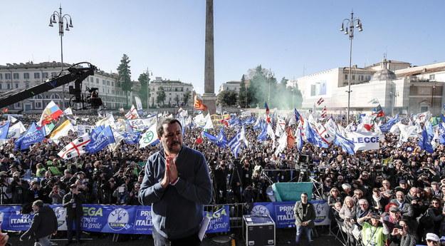 W demonstracji uczestniczyło 80 tys. osób /GIUSEPPE LAMI /PAP/EPA