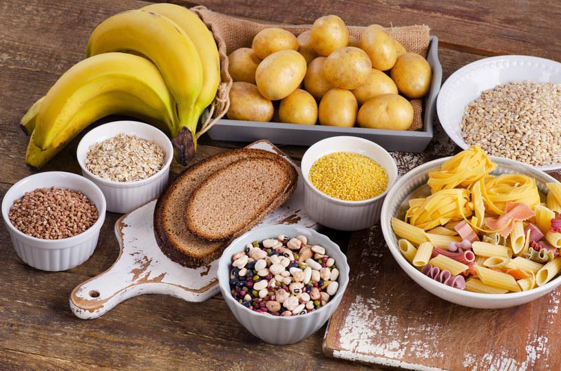 W diecie powinniśmy uwzględnić węglowodany złożone /123RF/PICSEL