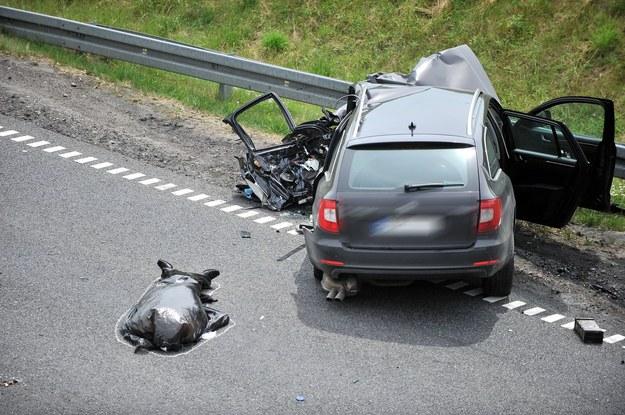 W długi weekend na polskich drogach zginęło 25 osób, zdjęcie ilustracyjne /KAMIL KIEDROWSKI/REPORTER /Reporter