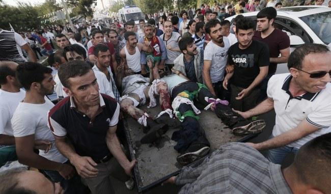 W eksplozji rannych zostało 50 osób /SEDAT SUNA /PAP/EPA