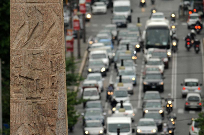 W Europie największe korki są w Rzymie /Wojciech Strozyk/REPORTER /East News