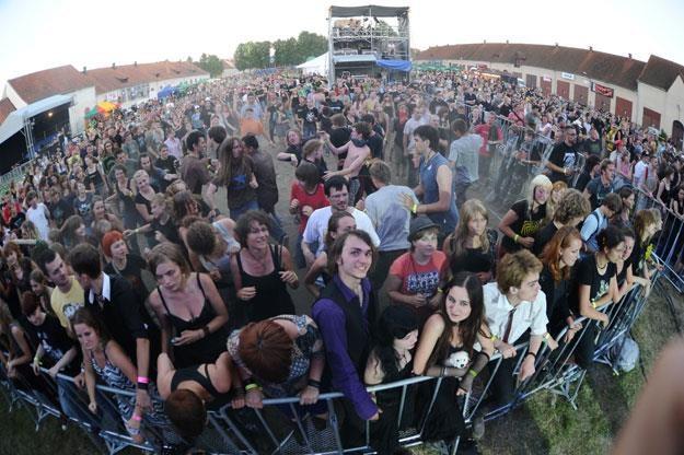 W festiwalu Seven w Węgorzewie uczestniczyło od 5 do 8 tysięcy ludzi /MWMedia