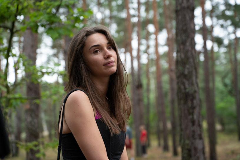 """W głębi lasu"": Laura (Wiktoria Filus) /Netflix"