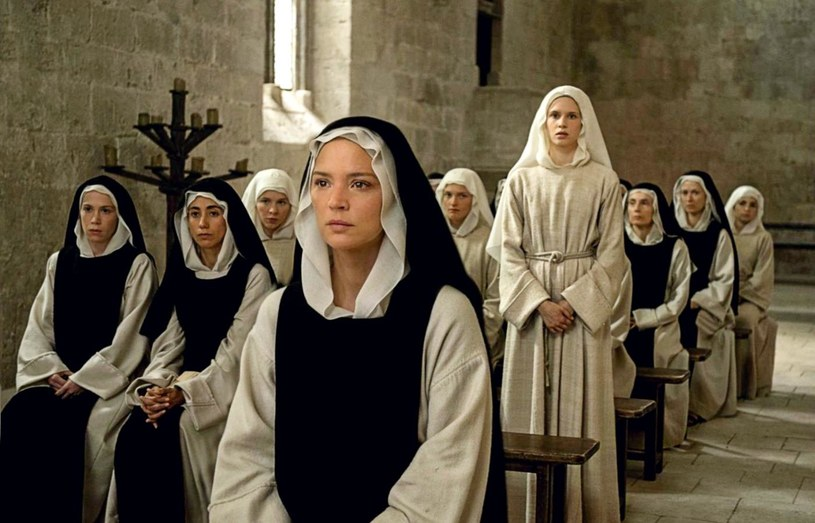 W główną rolę w filmie Paula Verhoevena wciela się Virginie Efira /materiały prasowe
