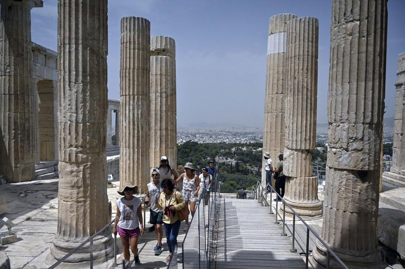 W Grecji doradza się mieszkańcom pozostawanie w domach w okolicach południa /AFP