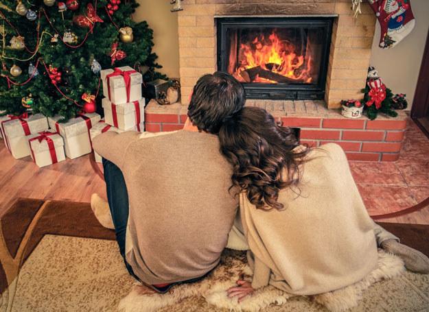 W grudniu zadbaj o relacje z rodziną /123RF/PICSEL