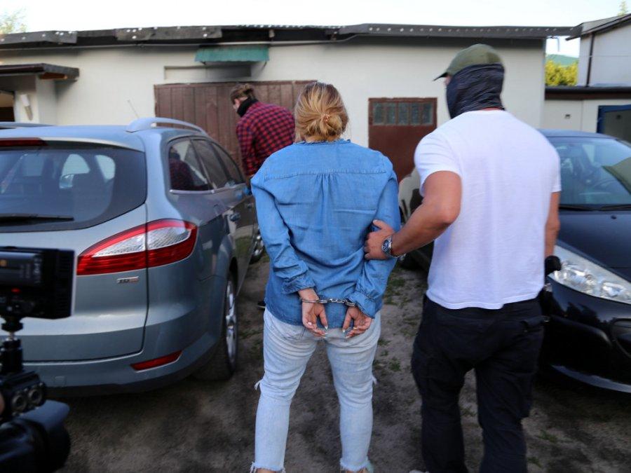W grupie działali także ludzie kierujący dostawami narkotyków i tacy, którzy ochraniali rynek narkotykowy na terenie gminy. /policja.waw.pl /Materiały prasowe