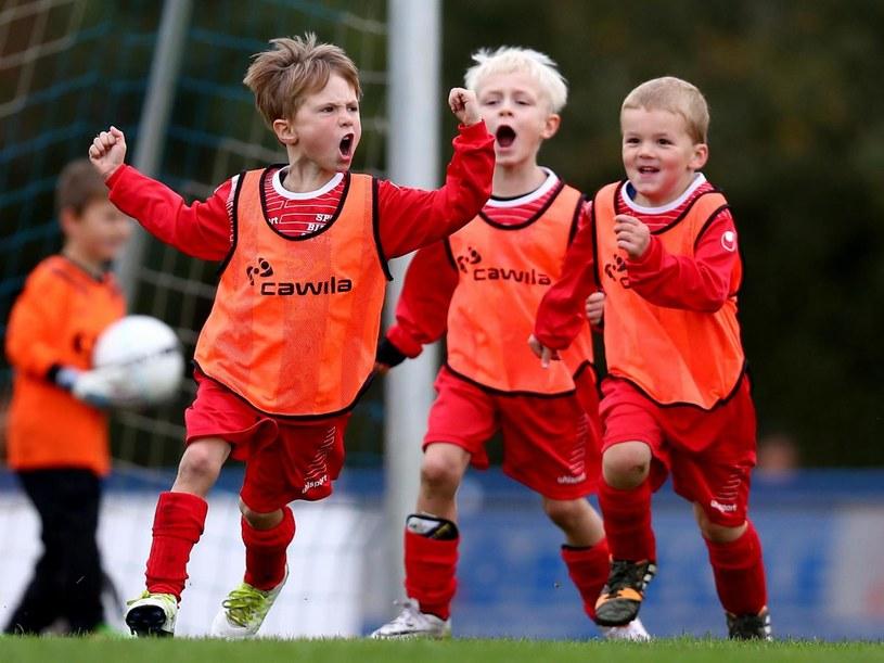 W Hiszpanii uznali, że dzieci nie powinny wygrywać po 25-0. /Getty Images