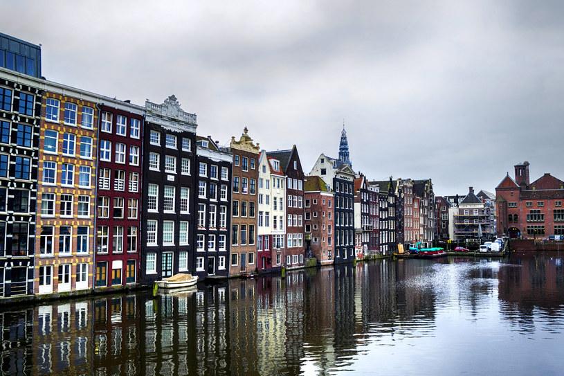 W Holandii zapowiadają się znaczne redukcje etatów. Nz. Amsterdam /123RF/PICSEL