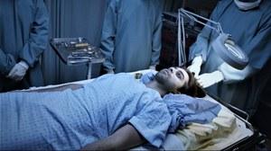 W Indiach żywy mężczyzna trafił do kostnicy