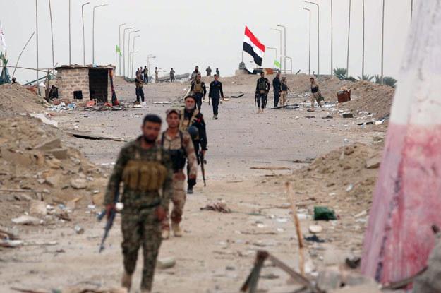 W Iraku trwa wojna z dżihadystami fot. Mohammed Sawaf /AFP