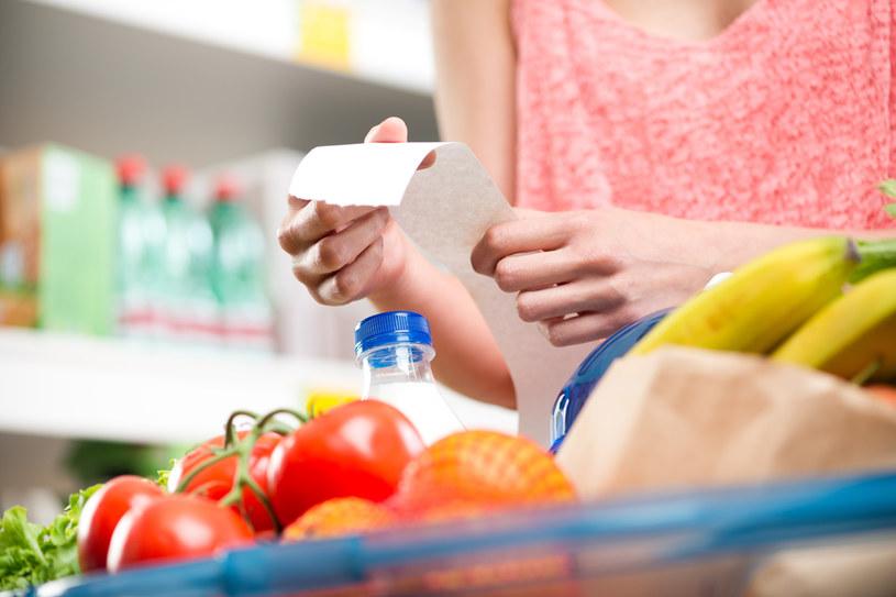 W jakich sklepach kupimy najwięcej najtańszych produktów? /123RF/PICSEL