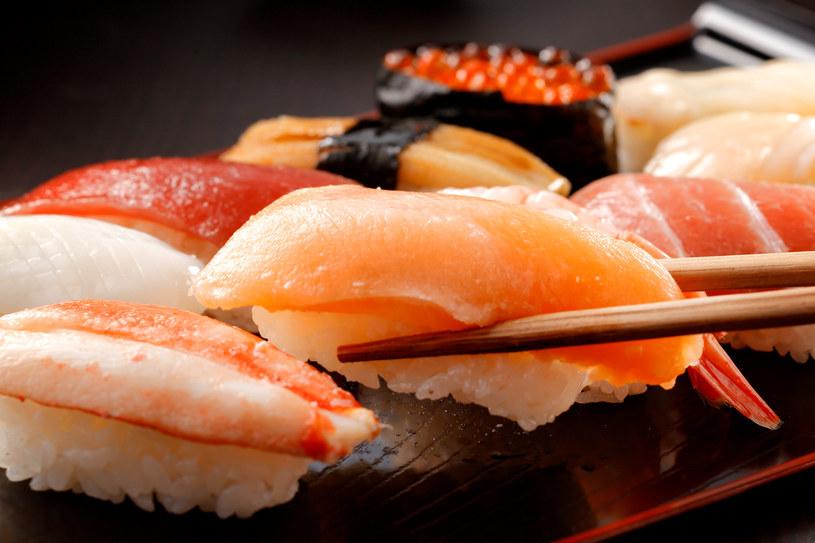 W Japonii, gdzie wskaźnik spożycia kwasów omega-3 jest bardzo wysoki, ludzie żyją średnio o pięć lat dłużej niż np. w Stanach Zjednoczonych /123RF/PICSEL