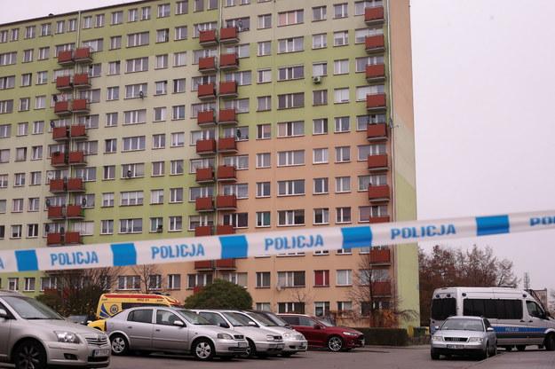 W jednym z mieszkań w bloku przy ul. Kossobudzkiego w Płocku /Piotr Augustyniak /PAP