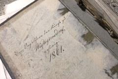 W kapsule w Głuszycy znaleziono śpiewniki, zapisy nutowe, gazety i modlitewniki z początku XX wieku