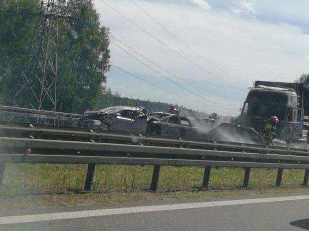W karambolu na A6 pod Szczecinem zderzyło się siedem pojazdów /Słuchacz Adam /Gorąca Linia RMF FM