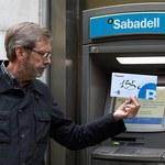 W Katalonii protest zwolenników secesji przed bankomatami
