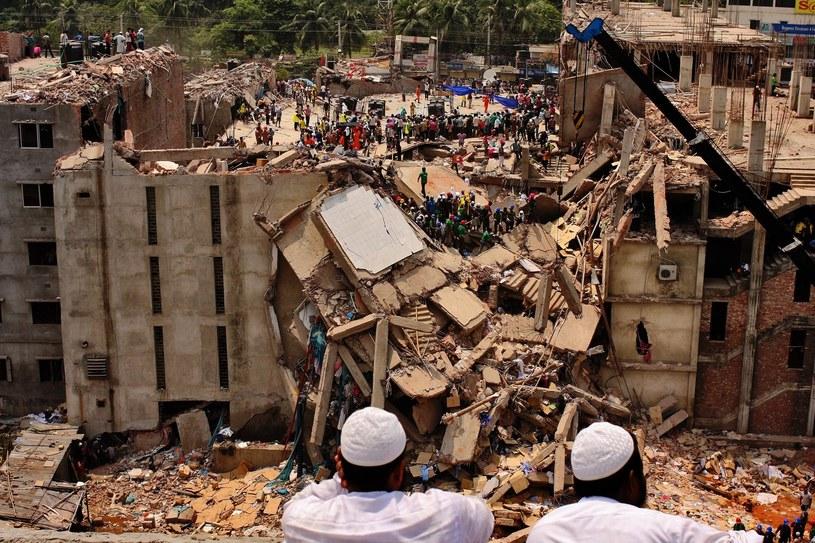 W katastrofie fabryki Rana Plaza zginęło ponad 1200 osób /Sumon Yusuf /East News