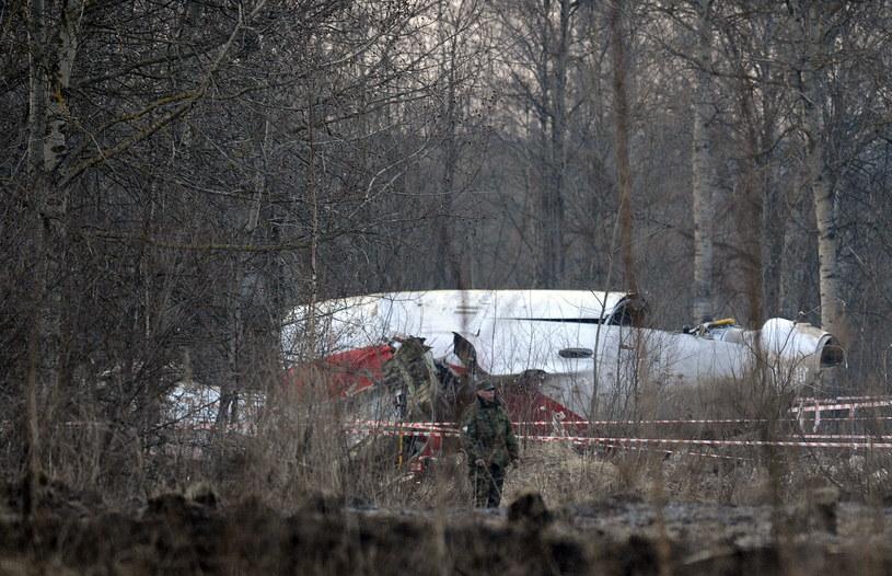 W katastrofie smoleńskiej zginęło 96 osób /Natalia Kolesnikova /AFP