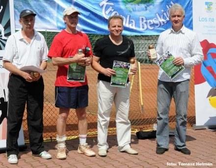 W kategorii 45+ wygrał Janusz Chorzępa (pierwszy z lewej)        Fot. Tomasz Helman /INTERIA.PL