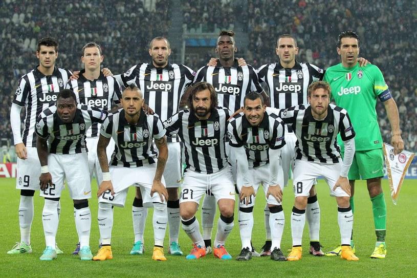 W każdej drużynie Serie A będzie mogło być maksimum 25 zawodników /AFP