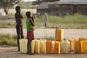 W Kenii powstały bankomaty z wodą