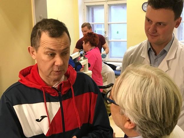 W klinice Budzik dla dorosłych w Olsztynie wybudził się dziesiąty pacjent. To 46-letni pan Artur z Lublina /Piotr Bułakowski /RMF FM