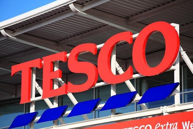 W kolejnych sklepach Tesco zaczynają pojawiać się elektroniczne etykiety cenowe /©123RF/PICSEL