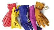 W kolorowych rękawiczkach