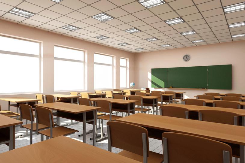 W Krakowie działa 37 prywatnych szkół policealnych /123RF/PICSEL
