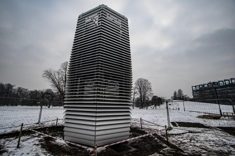 W Krakowie stanęła Smog Free Tower /Jan Graczyński /East News