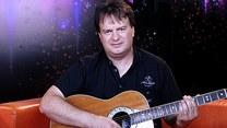 W latach 90. święcił muzyczne sukcesy! Co robi dzisiaj?
