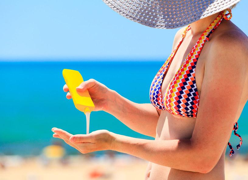 W lecie kremy z filtrem to podstawa i gwarancja uanego wypoczynku /123RF/PICSEL