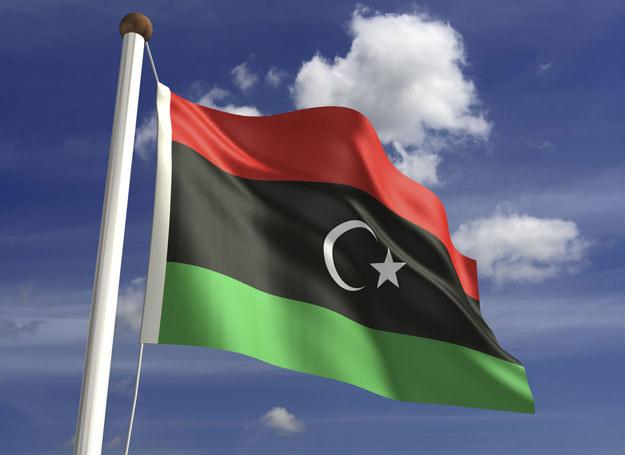 W Libii, niegdyś jednym z czołowych eksporterów ropy, istnieją obecnie dwa zwalczające się rządy /123RF/PICSEL