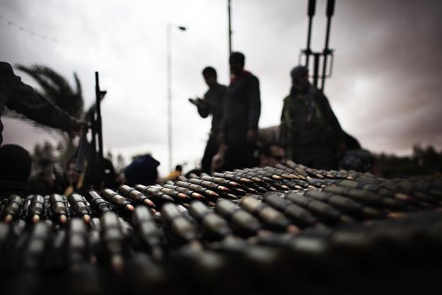 W Libii toczy się już regularna wojna /AFP