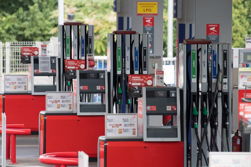 W lipcu ceny paliw mocno poszły w górę /Wojciech Stróżyk /Reporter