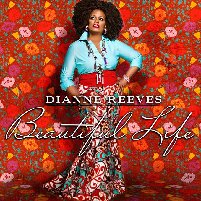 """W listopadzie ukazała się płyta Dianne Reeves """"Beautiful Life"""" /materiały prasowe"""