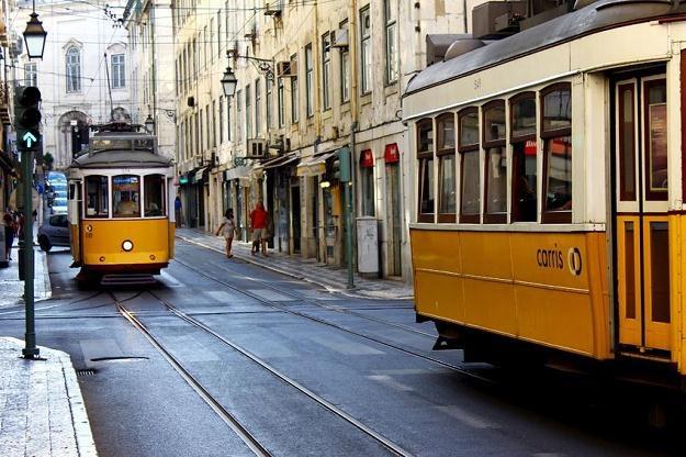 W Lizbonie odsetek osób jeżdżących na gapę przekracza 60 proc. /©123RF/PICSEL