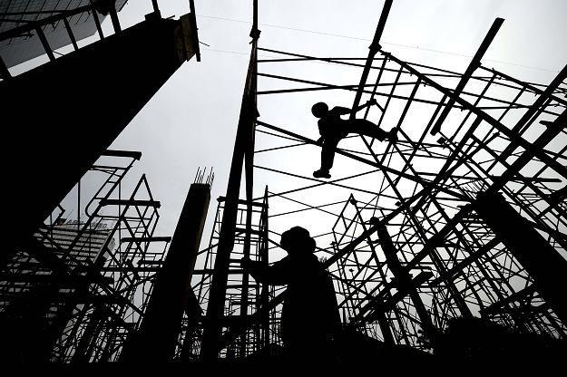 W maju koszty budowy domów wzrosły o 0,9 proc. rok do roku /AFP